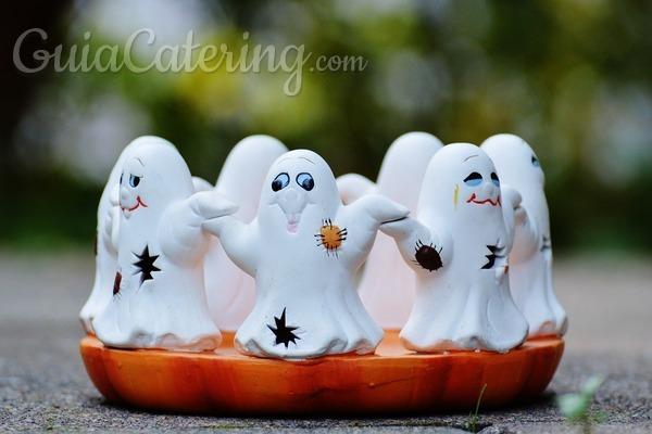Halloween 5 ideas para sorprender a tus invitados con una for Comida rapida para invitados