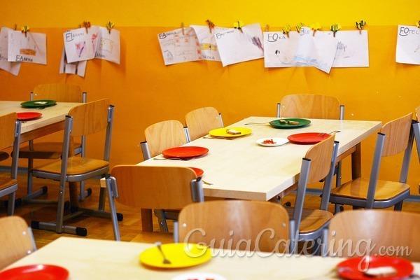 ¿Qué requisitos debe cumplir la comida de los comedores escolares?