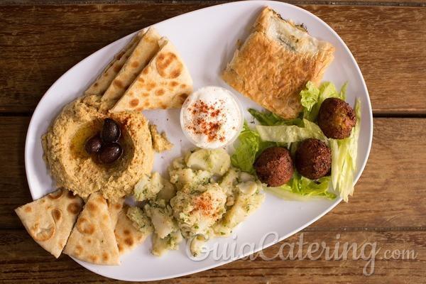 Celebremos con comida griega