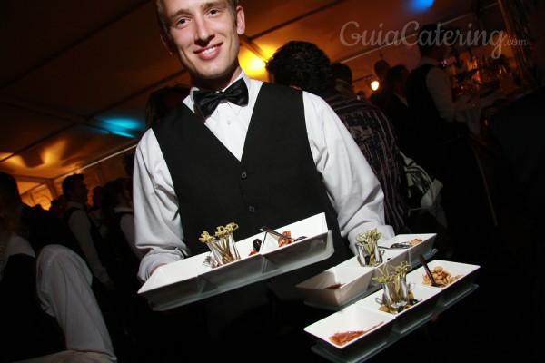 La importancia de llevar uniforme en las empresas de catering