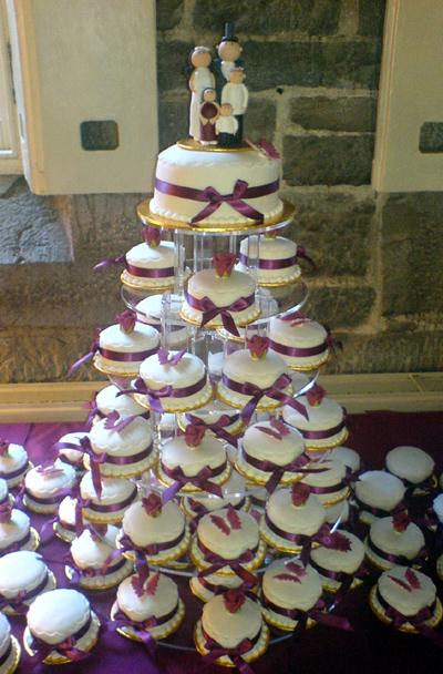 divineweddingcakes.co.uk.jpg